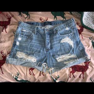 Lucky Jean Shorts Boyfriend Fit Size 8/29